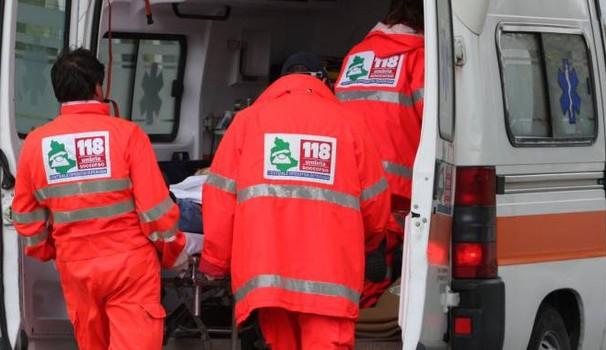 Autista dell'ambulanza aggredito a Napoli. Il motivo