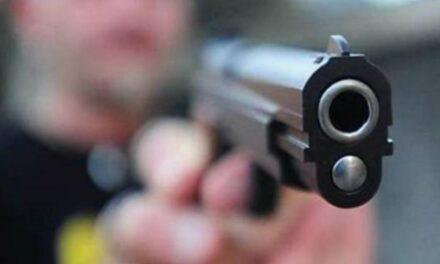 Casavatore. Giovanissimo armato di pistola aveva commesso nove rapine ai danni di supermercati e tabaccherie: arrestato dai carabinieri