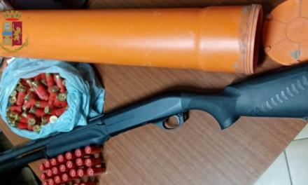Sant'Anastasia. Nasconde droga e armi in casa: arrestato uomo grazie ad una segnalazione tramite l'app Youpol