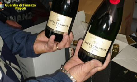 Blitz della Guardia di finanza di Napoli, sequestrati 1.400 litri fra champagne, olio e alcool: due denunciati