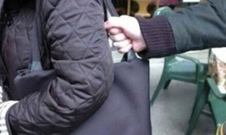 Scippo in pieno centro a Pompei: arrestato un uomo di Boscotrecase