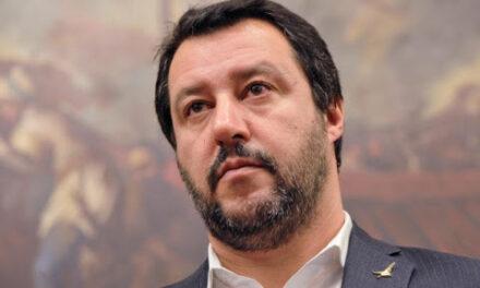 """Matteo Salvini: """"de Magistris si candida in Calabria ma continua a fare male il sindaco di Napoli"""""""
