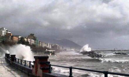 Campania, bye bye 'Primavera': è di nuovo allerta meteo