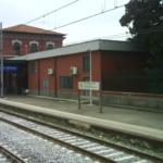 Stazione ferroviaria di Casoria. Ritardi treni: disagi per i pendolari in viaggio verso Napoli