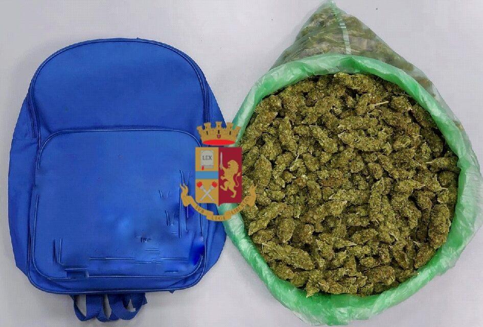 Napoli. In uno zaino 85 grammi di marijuana: arrestato 33enne dalla Polizia