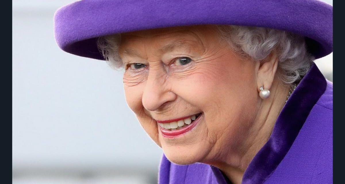 La regina Elisabetta ha ricevuto seconda dose vaccino