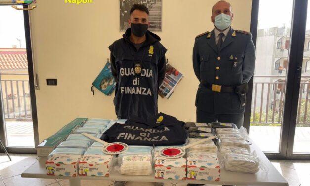 Operazione della Guardia di Finanza: sequestrati 143mila dispositivi sanitari non sicuri tra mascherine, visiere e guanti
