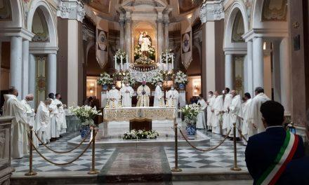 """Afragola. L'Arcivescovo Domenico Battaglia alla festa di Sant'Antonio: """"Essere devoti di Sant'Antonio significa fare di Cristo il senso della nostra vita"""""""