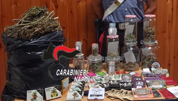 Controlli dei Carabinieri a Torre Annunziata: 78 persone identificate, 2 arresti